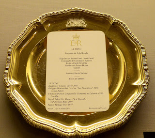 Menu for a state banquet in a Royal Welcome  2015 exhibition at Buckingham  Palace   Photo © Andrew Knowles