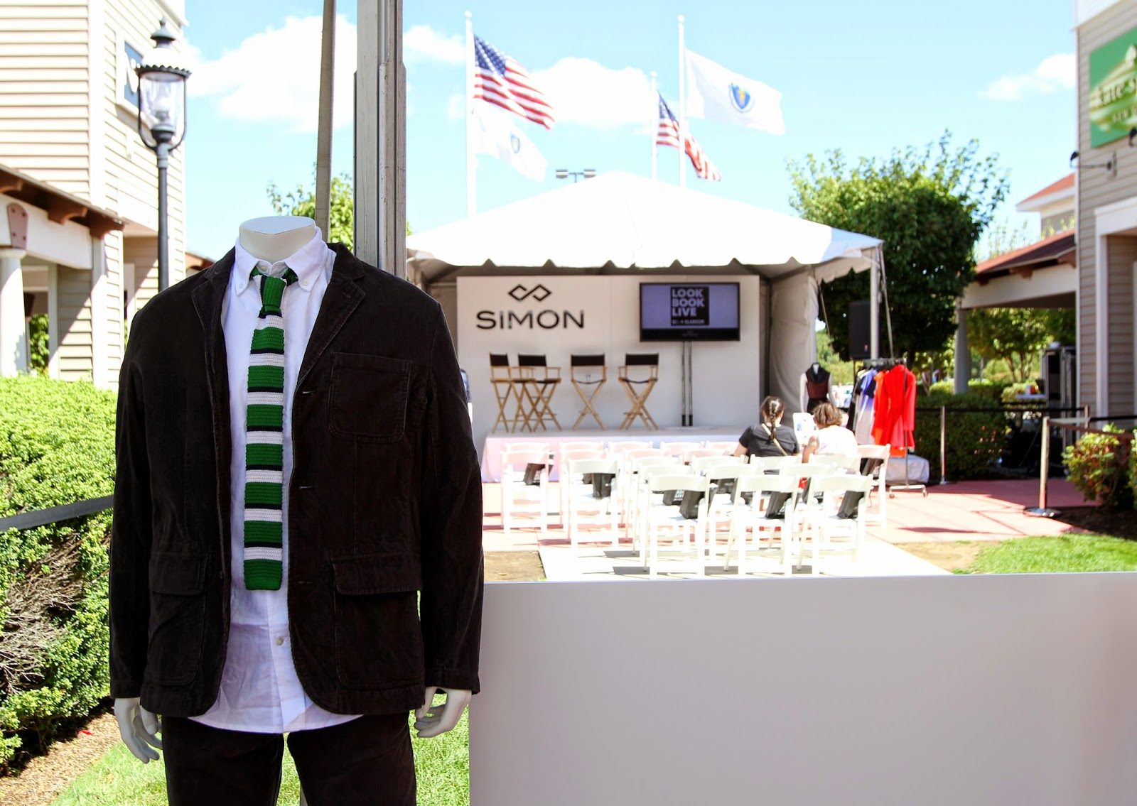 Look Book Live at Wrentham Village Outlets LikeSoPretty.com