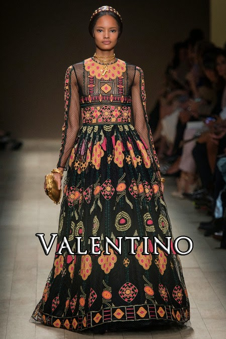 http://www.fashion-with-style.com/2013/10/valentino-springsummer-2014.html