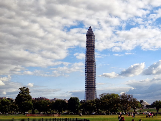 Washington Monument seen from The Ellipse