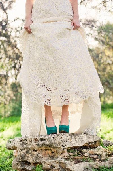 Vestidos de novia con zapatos verdes