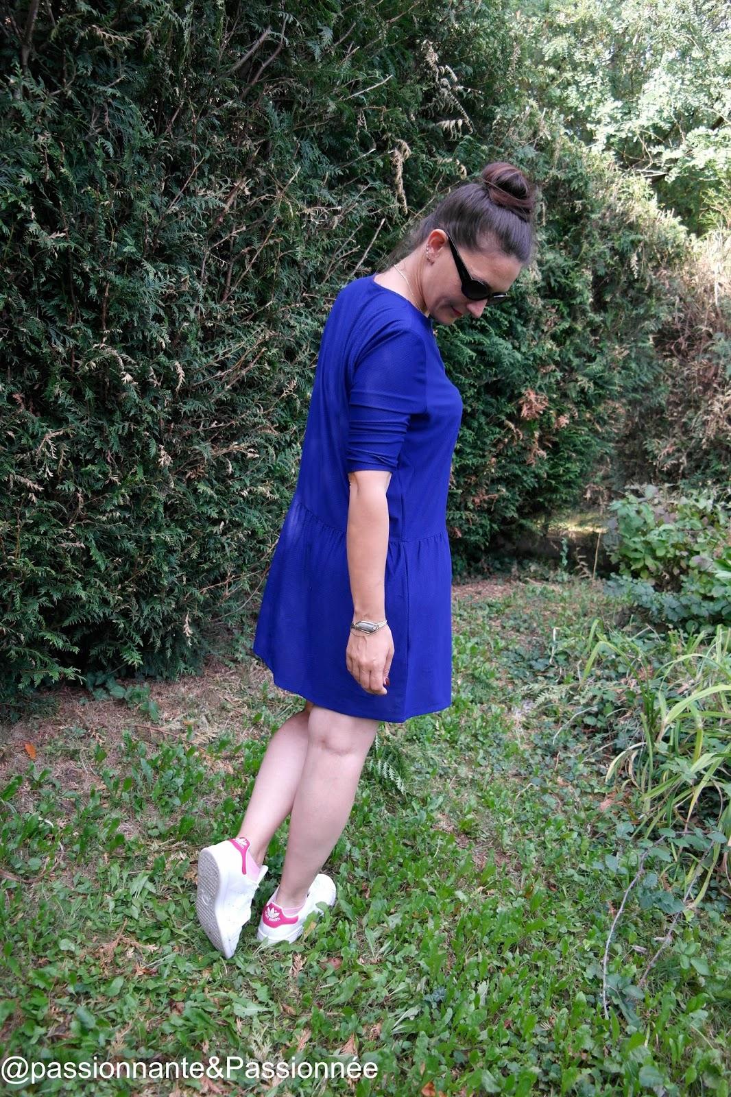 la pettie robe bleue
