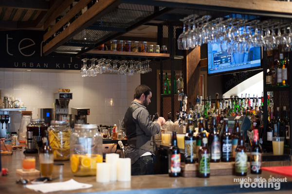 Tempo Urban Kitchen Keeps Menu Upbeat Much Ado About Fooding