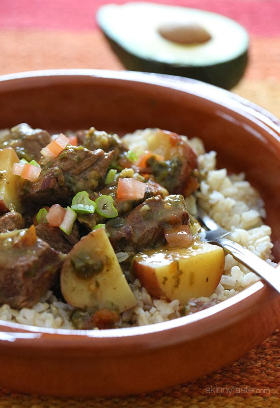 Crock Pot Carne Guisada (Latin Beef Stew) | Skinnytaste