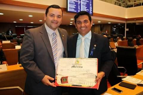 Wellington do Curso recebe comenda mérito por serviços prestados à população ludovicence