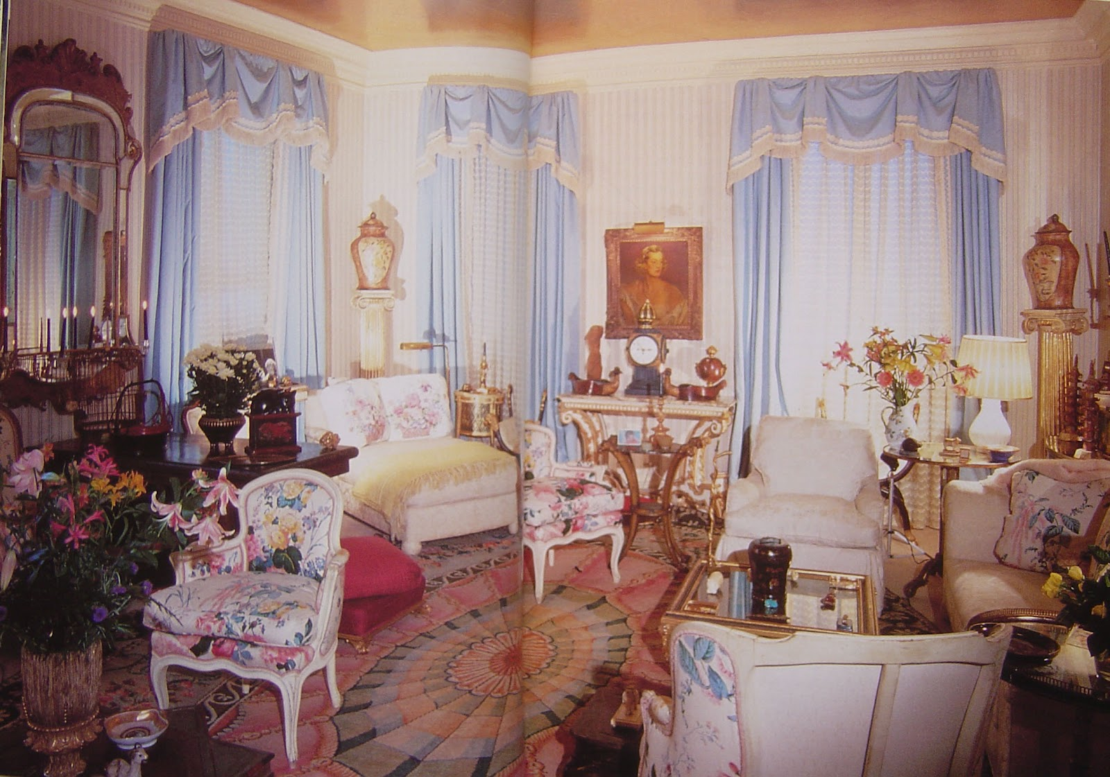sister parishs living room at 960 fifth avenue photo from parish hadley sixty years of american decoration - Sister Parrish