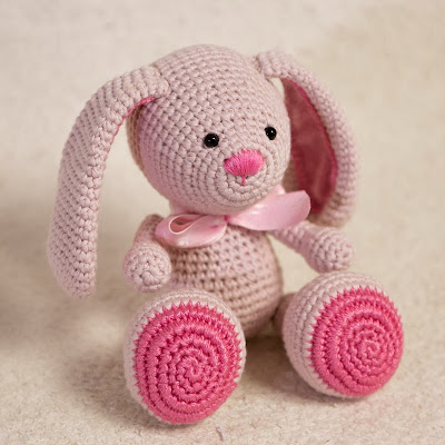 Pinky The Rabbit Amigurumi Crochet Pattern : HAPPYAMIGURUMI: NEW PATTERN: Amigurumi Bunny Pattern by ...