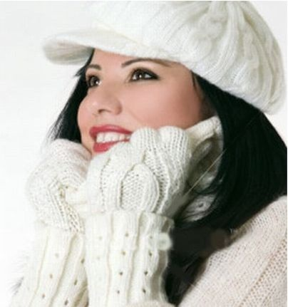 There is a difference between summer makeup and winter make-up, and it is definitely noticed. So we provide some amazing winter makeup tips. Keep read this winter makeup tips for get better winter makeup.