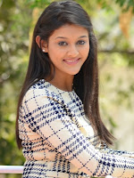 Pooja Jhaveri latest glamorous photos-cover-photo