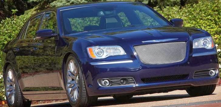 سعر ومزايا وصور سيارة كرايسلر Chrysler 300 فى 2014