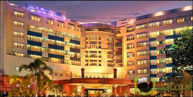 Hantu Menguasai Lorong Hotel