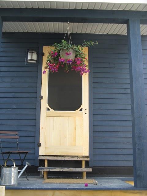 notre maison porte moustiquaire. Black Bedroom Furniture Sets. Home Design Ideas