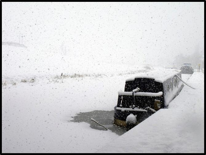 Narrowboat in Snow