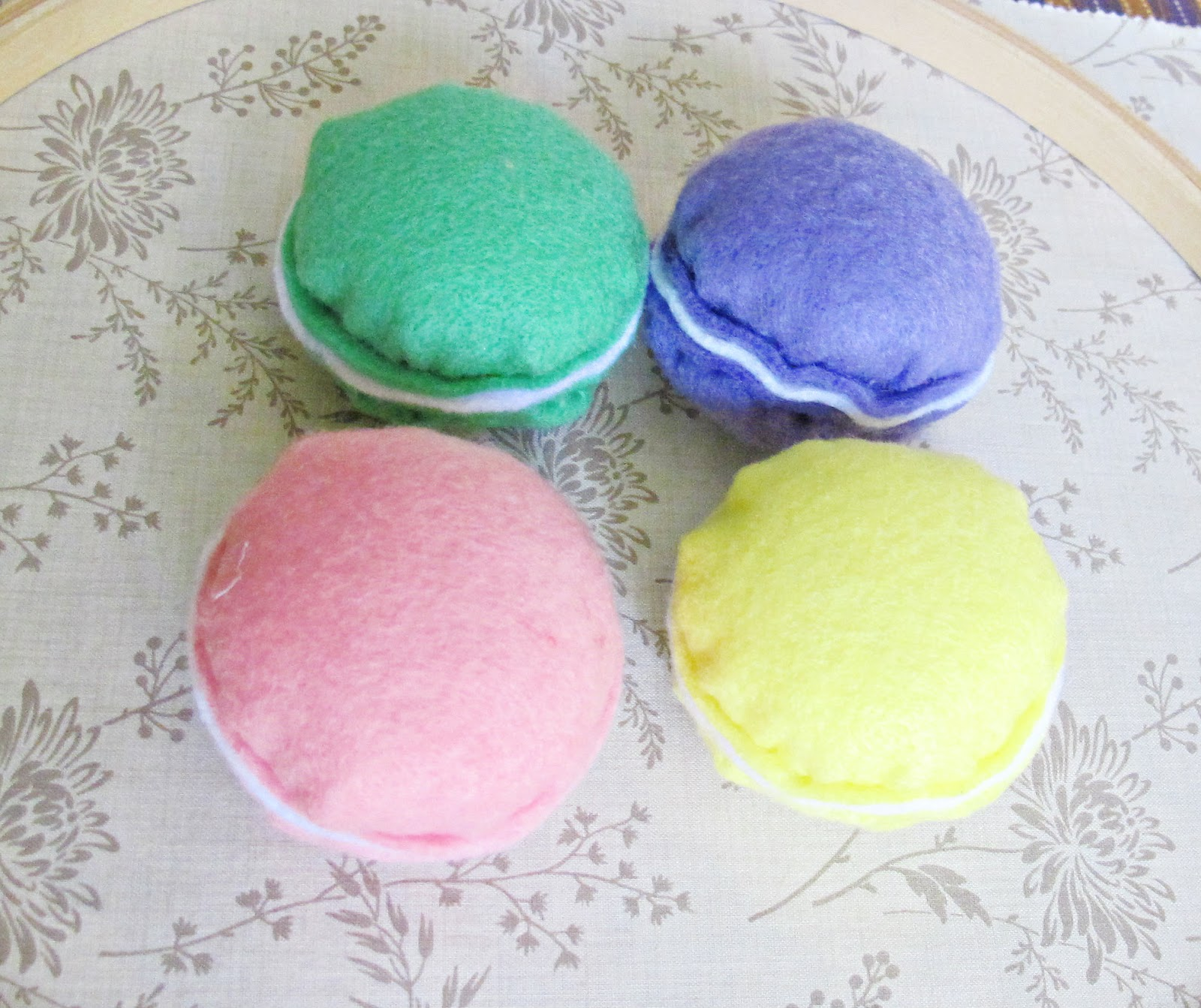 image felt food toys macarons pink green yellow purple