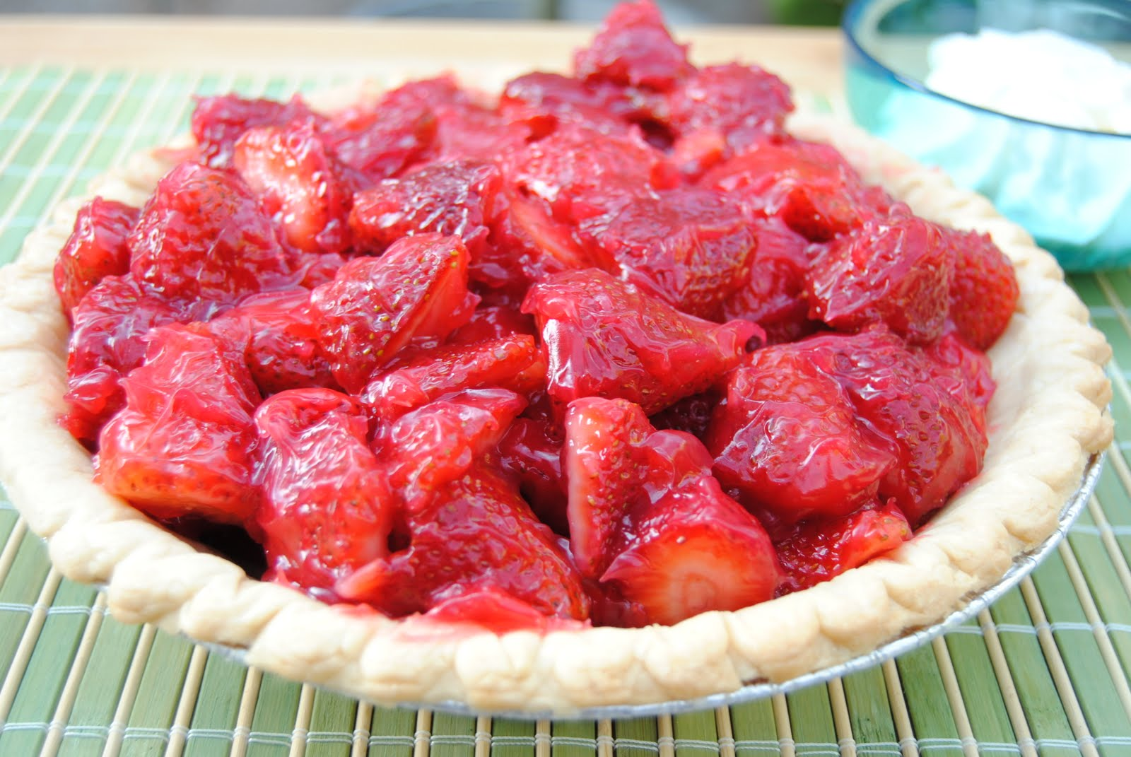 Malikala's Ono Kine Grinds: Fresh Strawberry Pie