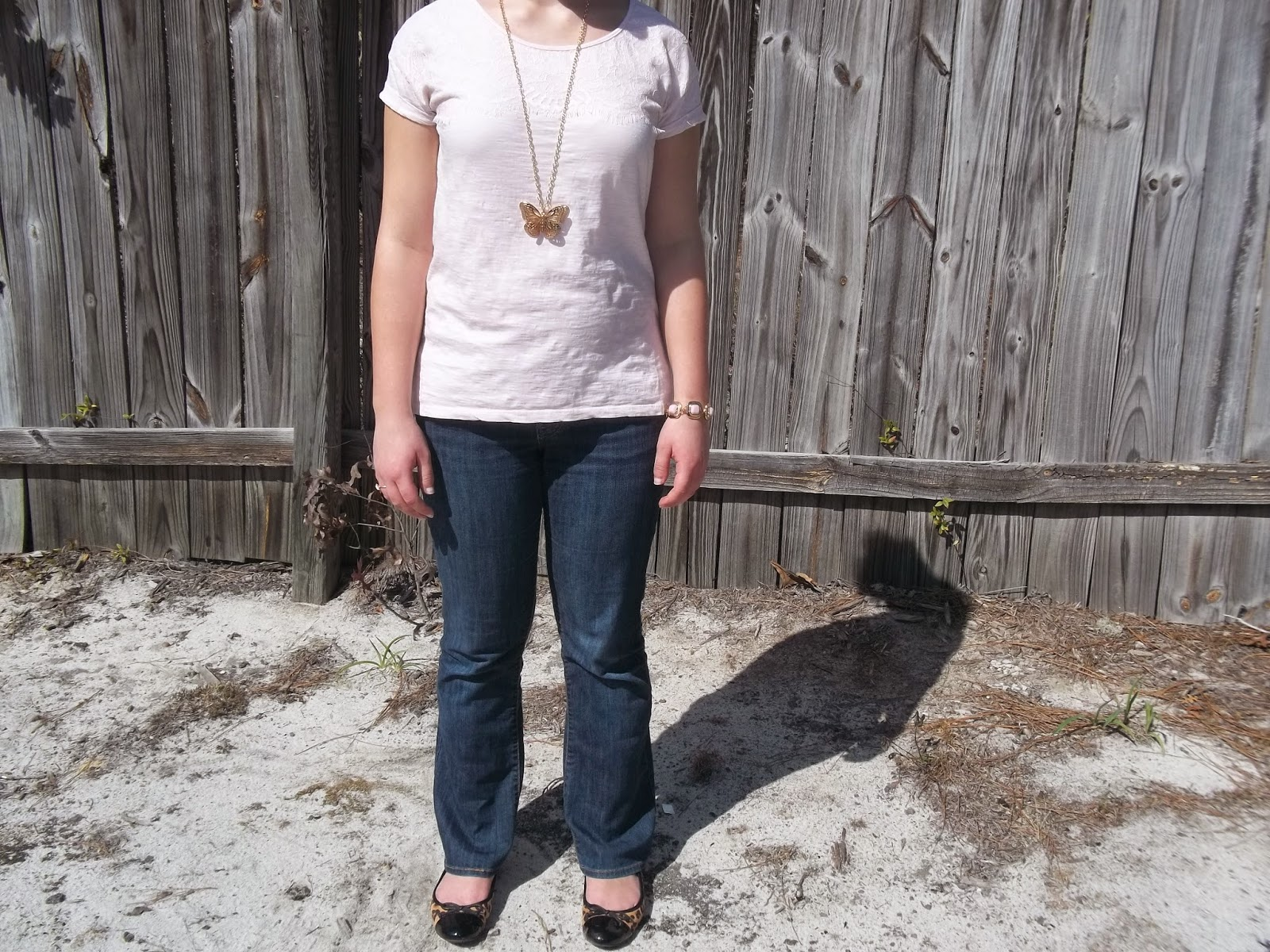 Mix It Monday- Pink Lace Tee. Pink lace tee, bootcut jeans, leopard flats, gold jewelry, tan cardigan. http://mybowsandclothes.blogspot.com. #outfit #lace #MixItMon #BowsandClothes