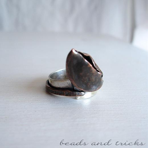 Anello con fascia in argento .800 e rame