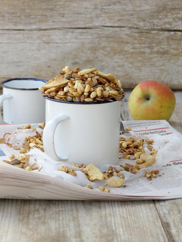 granola de centeio e maçã