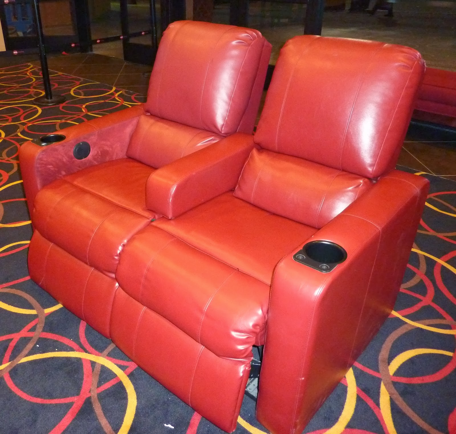 AMC Montebello NEW u0026 IMPROVED TICKET GIVEAWAY : amc theatre reclining seats - islam-shia.org
