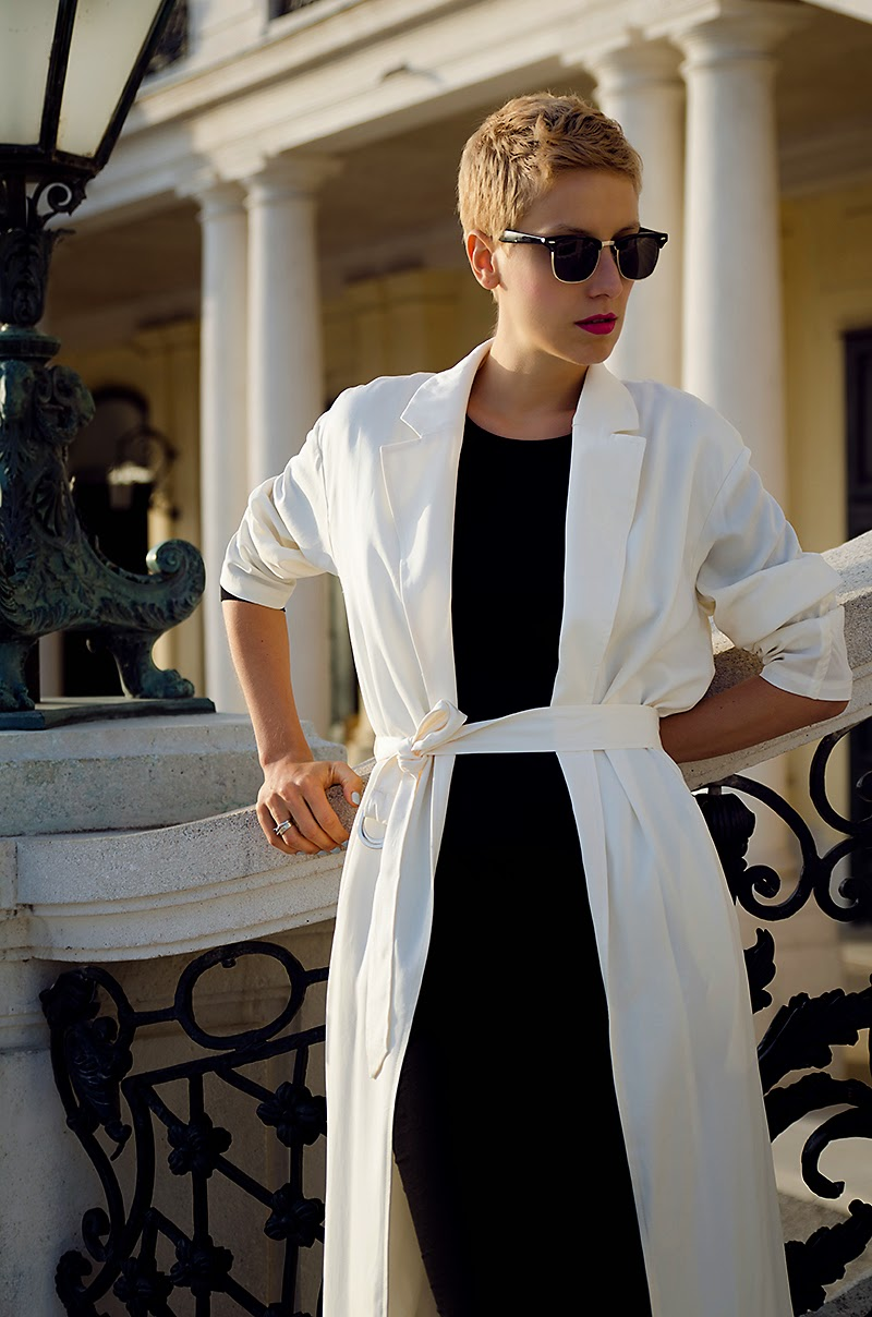 white duster coat front row shop beeswonderland