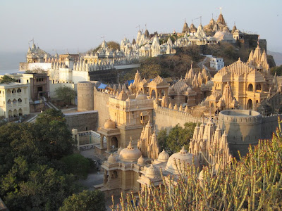 Beautiful Picture of Palitana Temples in Gujarat spread over the hill
