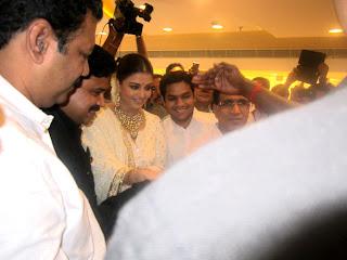 Aishwarya Rai at the inauguration of Kalyan Jewellers store
