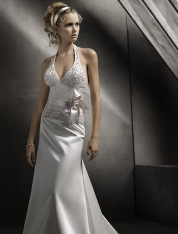 Wedding Hairstyles For Halter Top Dresses 45