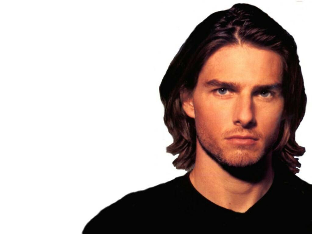 http://3.bp.blogspot.com/-NsZjV_QJta0/TaWBBIUZO-I/AAAAAAAAD2c/xtS2i-Bc5h0/s1600/tom_cruise_long_hair_white_background_wallpaper_-_1024x768.jpg