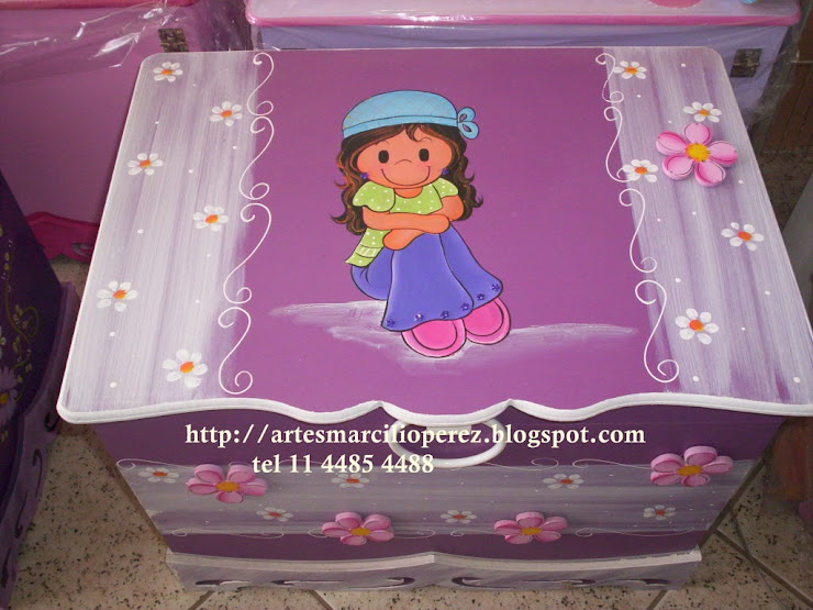 Bau Lili Roxo R$ 160,00