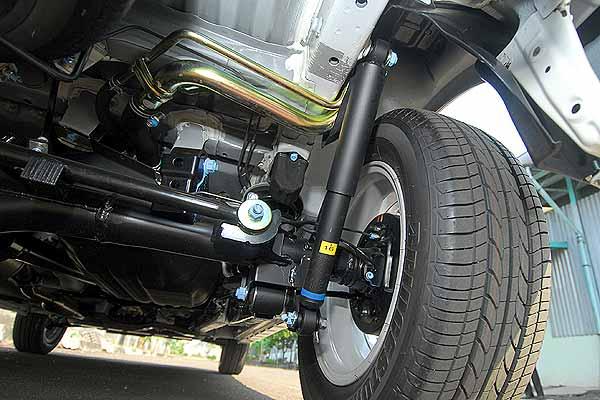Cara Buat Suspensi Mobil Xenia - Avanza Lebih Empuk