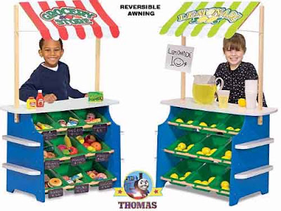 Melissa and Doug Deluxe Grocery Store or Lemonade Stand to practice your play money activity skills