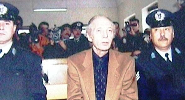 Δεν μετανόησα γιατί δεν εννόησα !!Η δίκη του Άκη Πάνου, που σκότωσε τον εραστή της κόρης του (βίντεο)