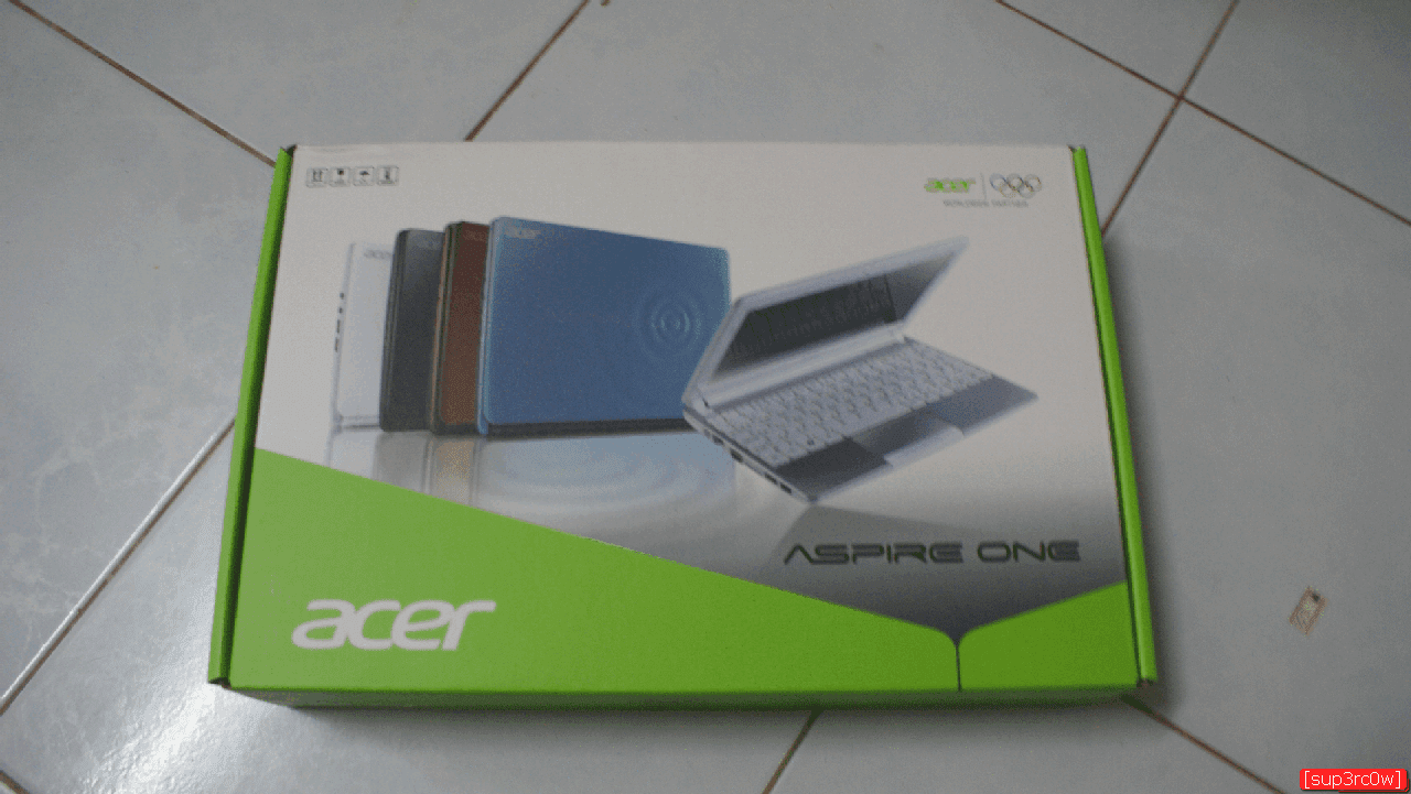 Unboxing Acer Aspire One D270