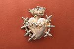 La Hermandad pone a la venta Corazones elaborados en plata