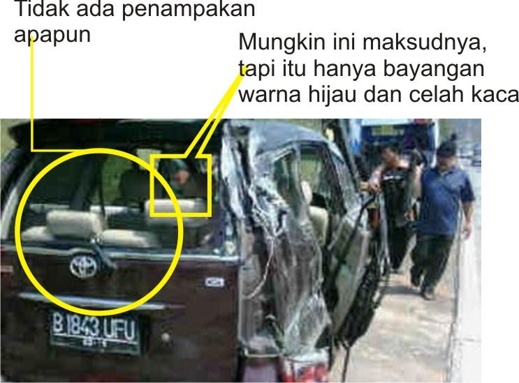 Hoax Penampakan Hantu di Mobil Saiful Jamil Pasca Kecelakaan