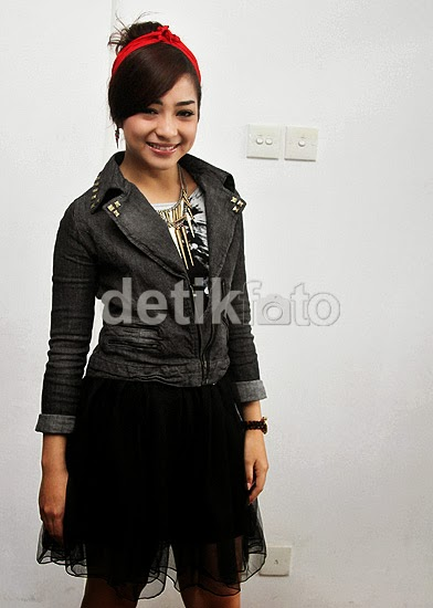 Gaya Rock Chic ala Nikita Willy