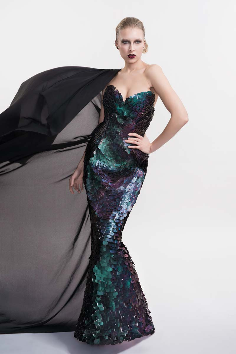 Lovely dramatic evening gown