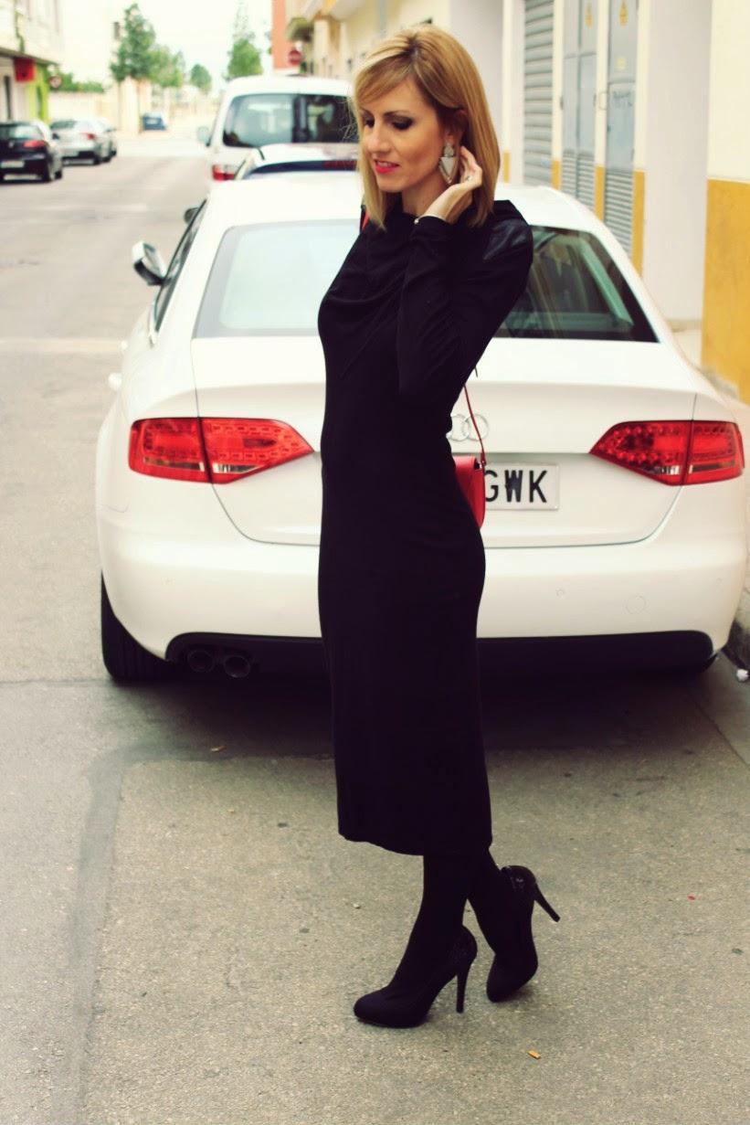 Vestido punto negro midi