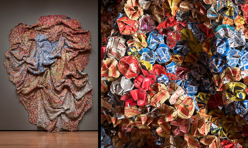 03-El-Anatsui-Bottle-Tops-Tapestry