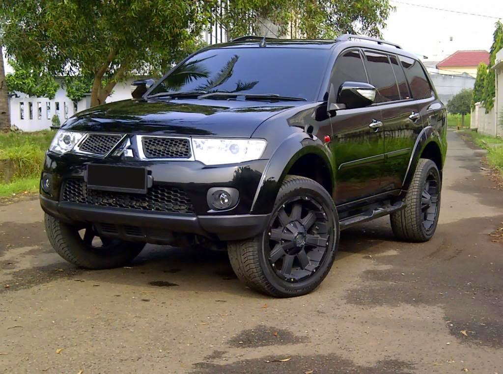 galeri foto modifikasi mobil pajero sport terbaru modif motor mobil. Black Bedroom Furniture Sets. Home Design Ideas
