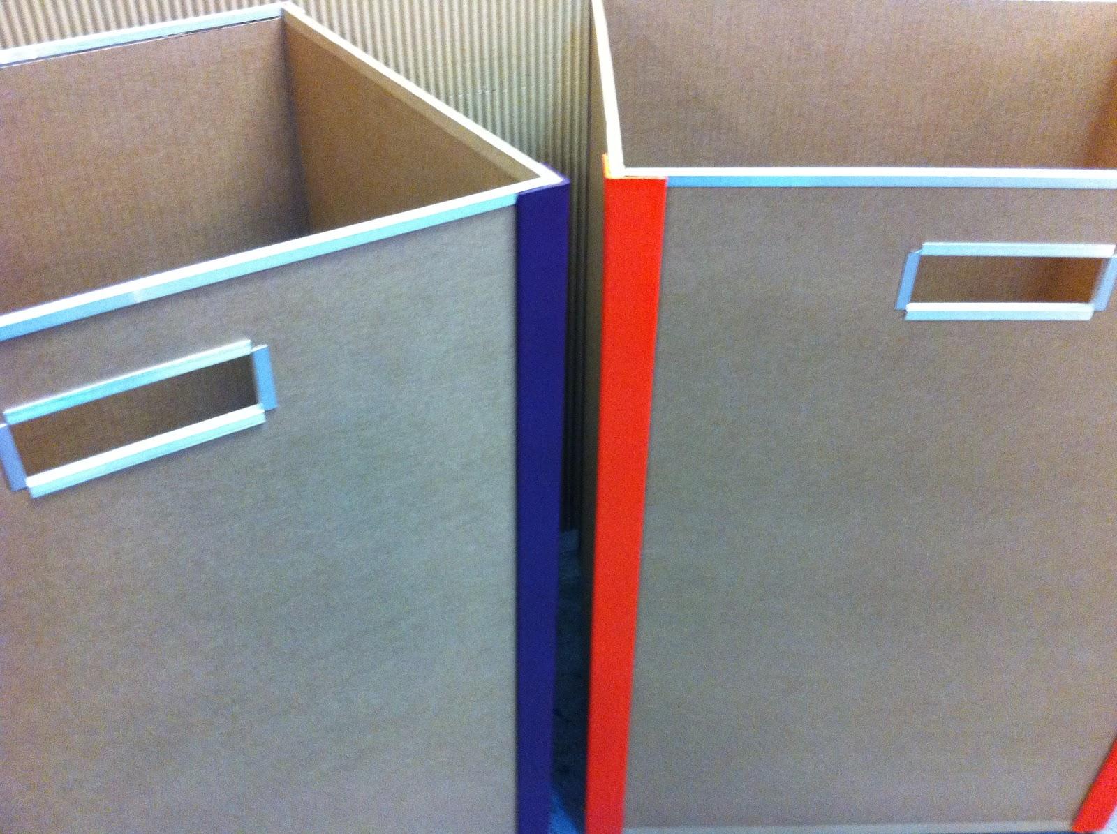 meuble en carton. bac de rangement sur mesure. fabriqué à marseille par juliadesign.