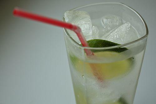 Banyak Minuman Dingin Bisa Menyebabkan Sakit Kepala [ www.BlogApaAja.com ]