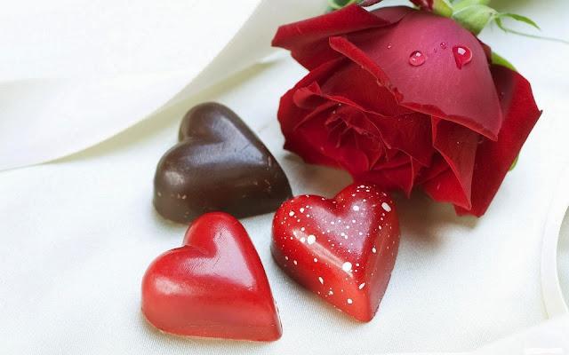 Rosas Rojas y bombones para San Valentin