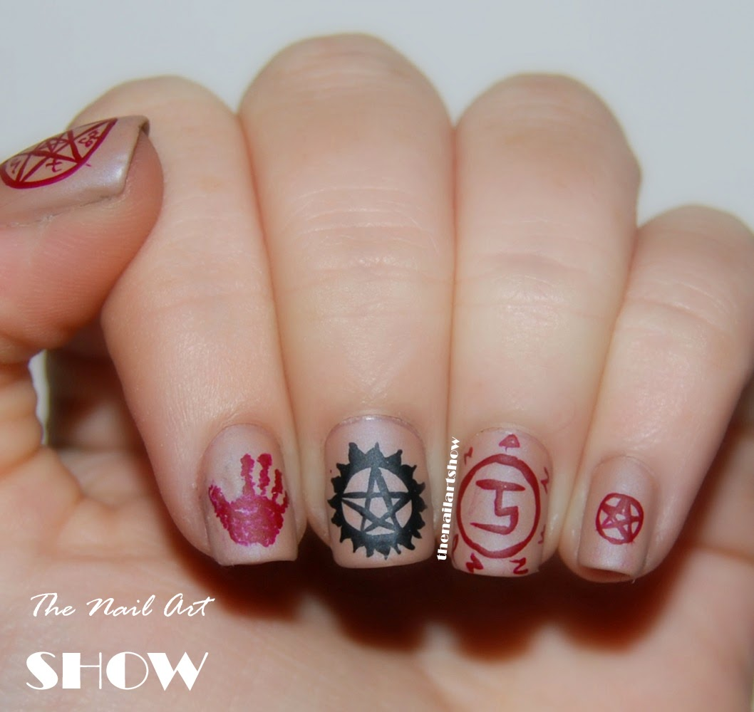 The nail art show november 2013 i think this mani has been the quickest to make in some time they were quite easy even if they look quite complex and elaborate they were actually quite prinsesfo Image collections