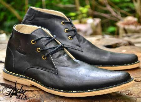 Semi Boot Kulit Asli Sepatu Handmade