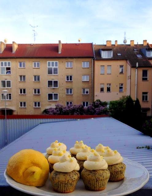 Recept na citronové cupcakes s mákem