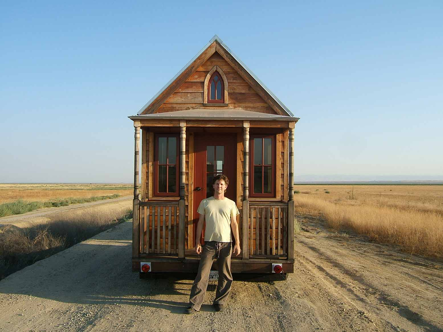News flash jay shafer taking his tumbleweed tiny house for Tumbleweed houses