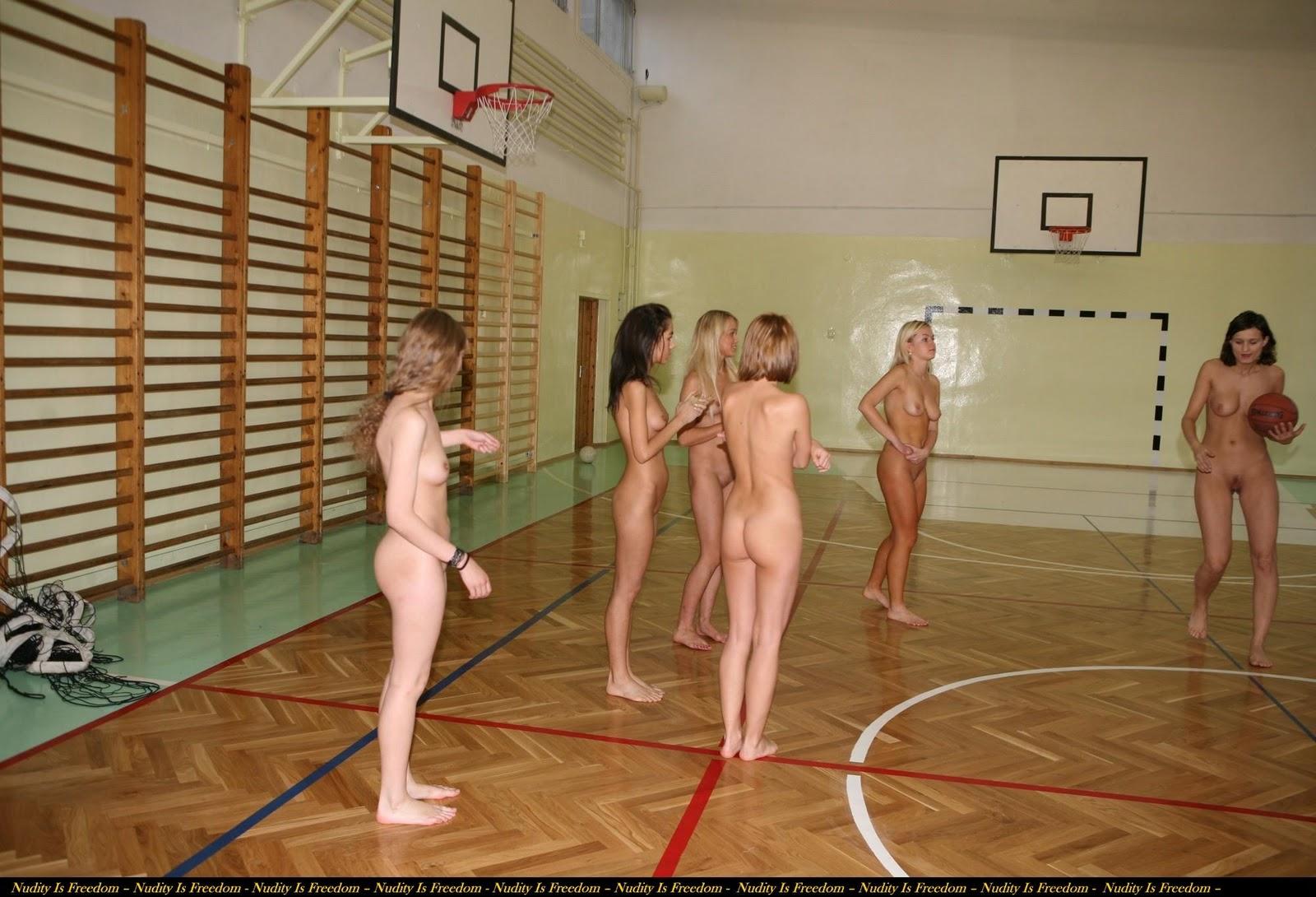 Naked Women S Basketball 27