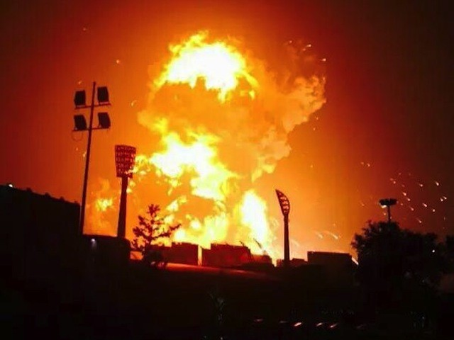 Explosion-of-containers-at-China-city-Tianjin