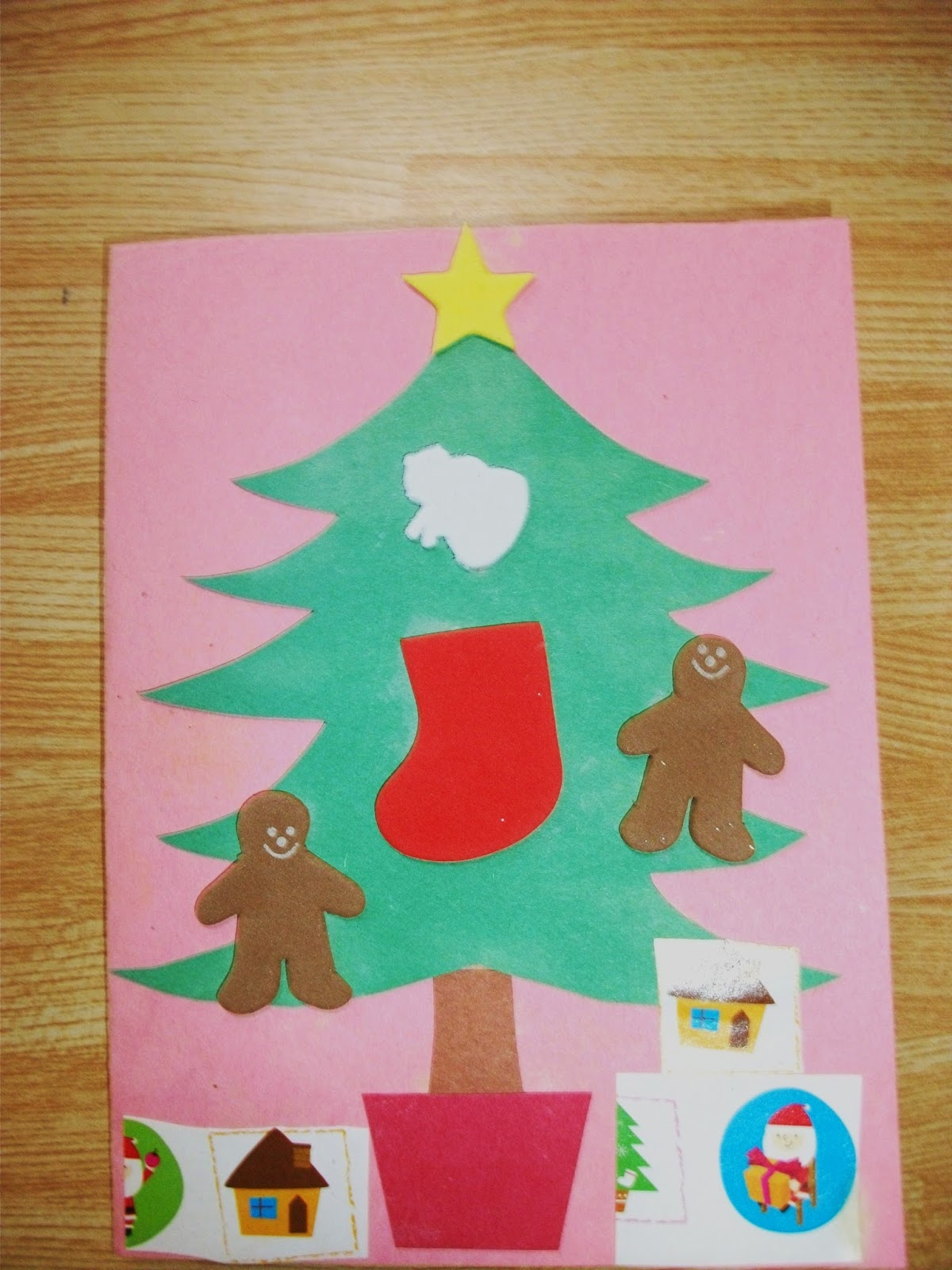 simple christmas tree card craft is perfect for preschoolers simple